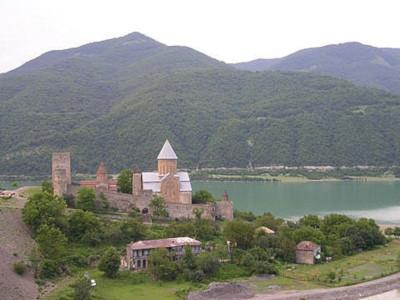 אנאנורי בגאורגיה