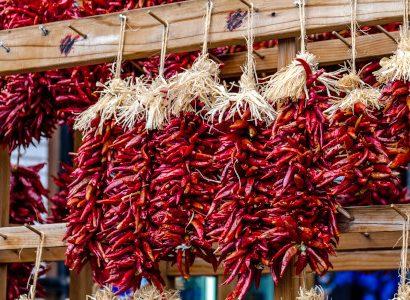 צ'ילי מיובש בשוק איכרים