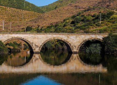 גשר על נהר הדואורו